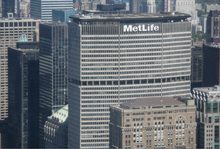 MetLife_building__New_York.png